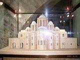 Architecture of Kievan Rus'