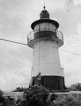 Hams Bluff Light