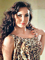 Elli Avram Photos