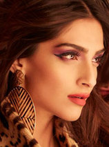Sonam Kapoor Photos