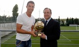 Set Ronaldo won the Golden Boot with Suarez.
