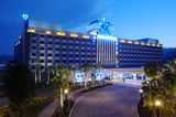Book now pay later hotels near disneyland