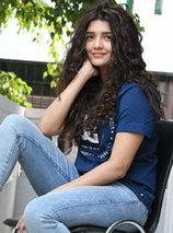 ritika singh photos - Ritika Singh Photos