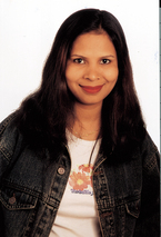 PIX- Sunny Leone Has A Milk Bath I Ek Paheli - video