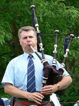Jack Lee (bagpiper)