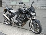 z1000
