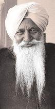 Charan Singh (guru)
